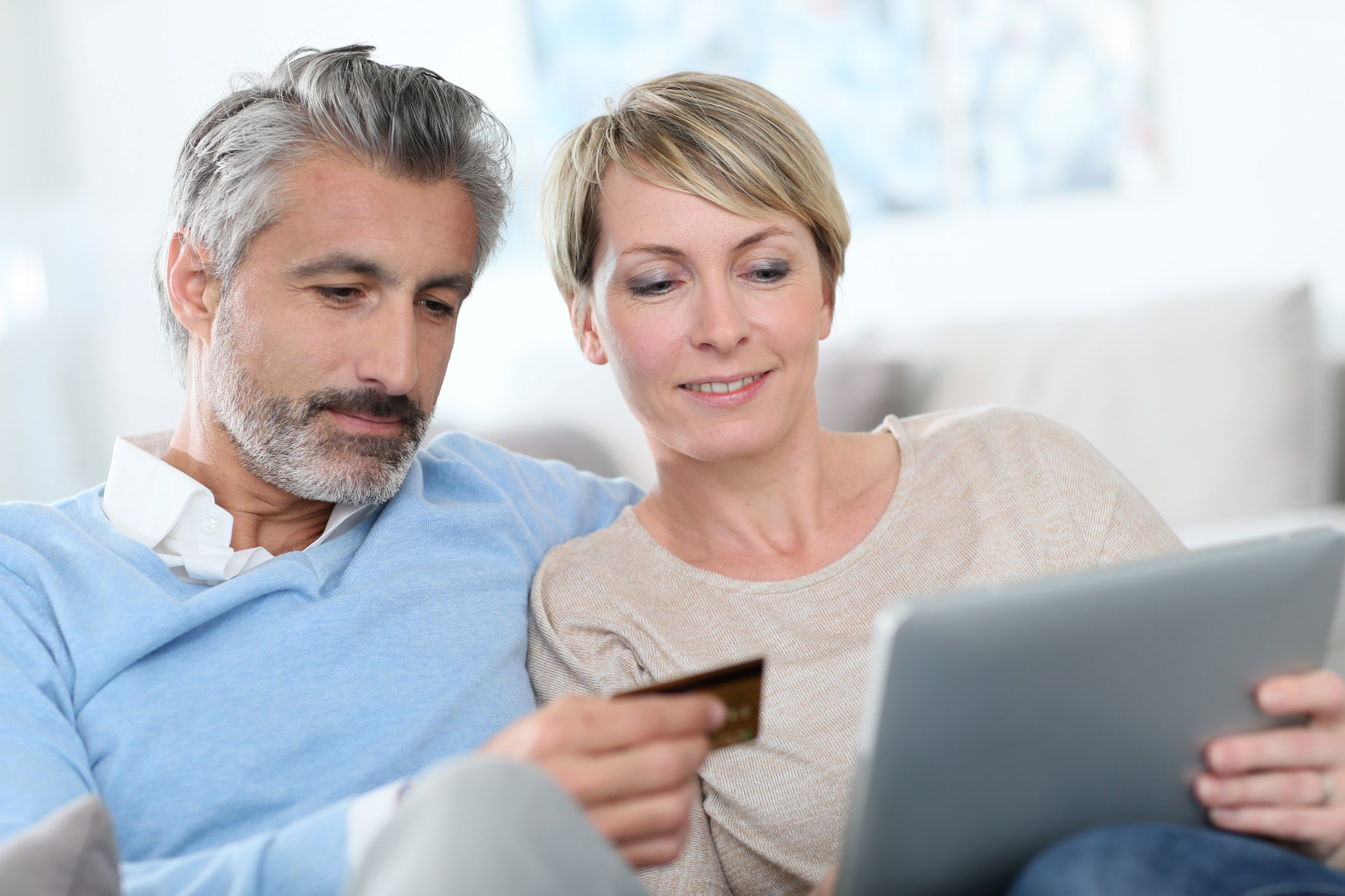 middle aged couple buying cbd online